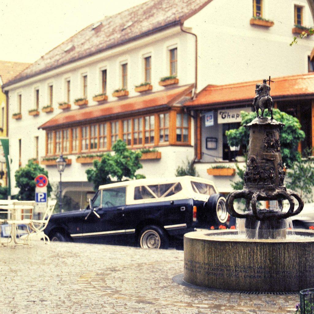 Pfingstreiter Brunnen 1985