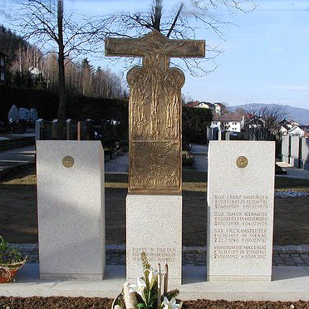 Grabzeichen 2002