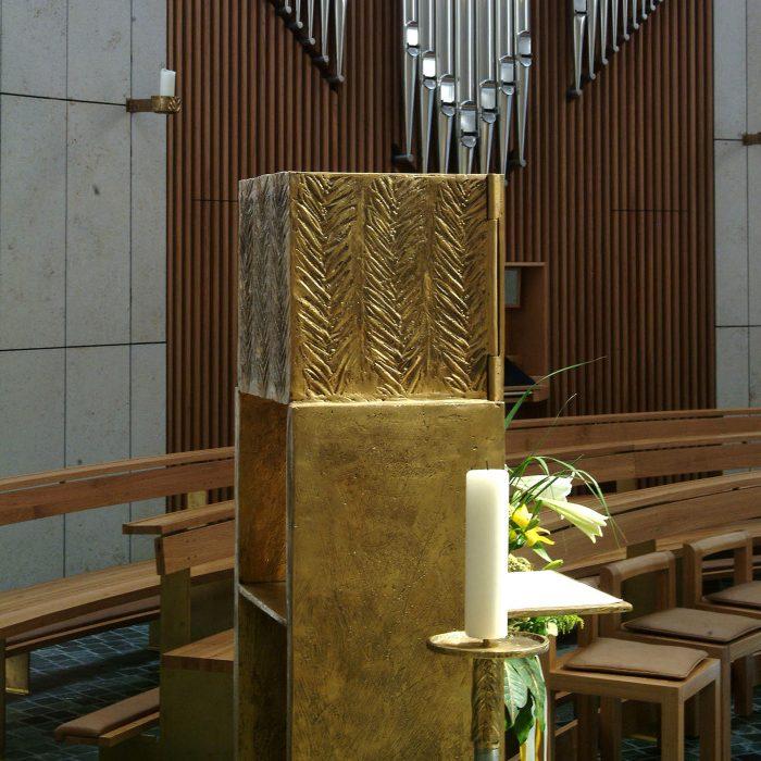 Albertus Magnus Kirche 2004